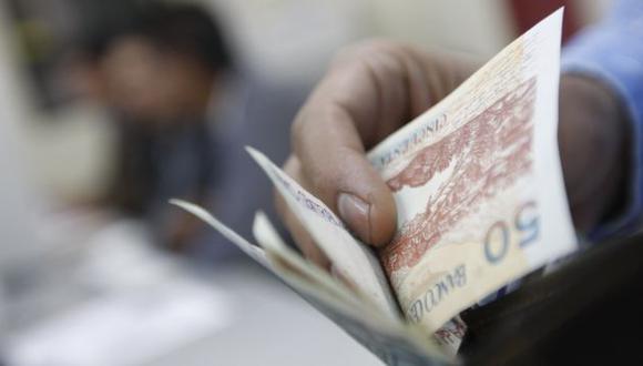 Demoras en el pago de tarjetas de crédito y préstamos hipotecarios. (USI)