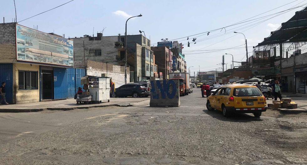 Informalidad. Locales que habían sido clausurados continúan operando en la urbanización Fiori.