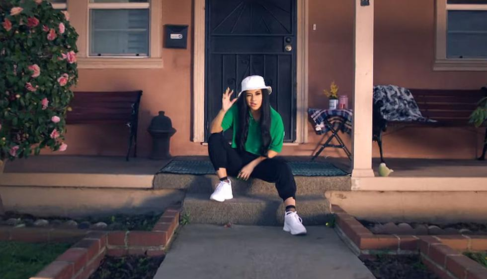 "Becky G estrenó el videoclip de su tema ""Green Light Go"" a través de YouTube. (Foto: Captura de video)"