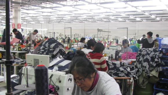 Del total de empresas exportadoras analizadas, el 52% (1,967) realizó despachos durante un periodo corto de un año. (Foto: GEC)