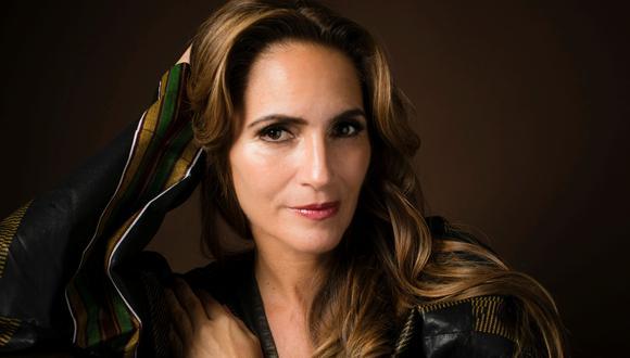 Josefina Barrón escribe su primera novela.