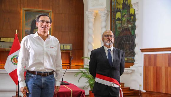 Reto. Víctor Zamora juró al cargo en una breve ceremonia realizada en Palacio de Gobierno. Foto: Presidencia