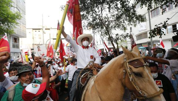 """""""El pueblo es sabio, el pueblo entiende, estoy comprometido con el pueblo que hoy ha salido a las urnas a reflejar democráticamente esto"""", señaló Castillo. (Foto: Violeta Ayasta / GEC)"""