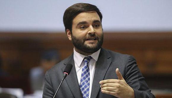 El congresista Alberto de Belaunde pidió que se actúe con sensatez y responsabilidad en la interpelación a la ministra Alva (Andina).
