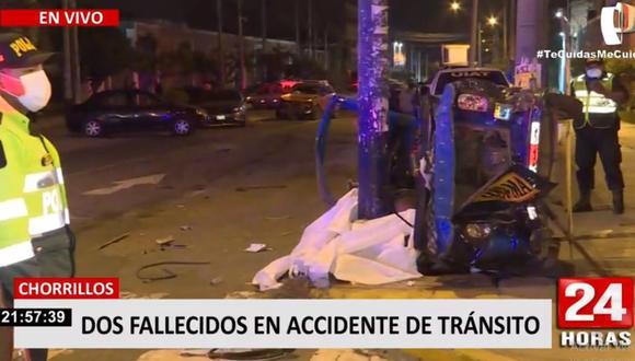 El mototaxi que fue embestido por la camioneta quedó destruido. (24 Horas)
