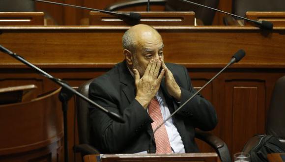 Pese a evidencias, el ministro Mayorga sigue negando irregularidades en el proceso. (Martín Pauca)