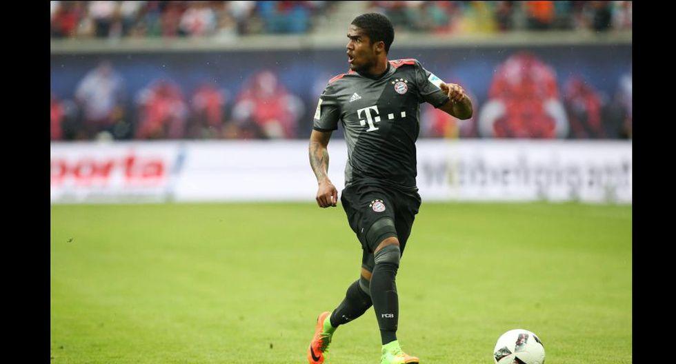 Douglas Costa también llegó al Bayern en el 2015. (Foto: Facebook Oficial del Bayern Munich)