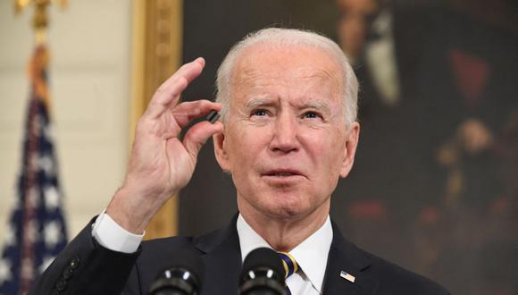 """Joe Biden revoca medida de Donald Trump que vetaba a migrantes por """"riesgo para el mercado laboral"""". (Foto: SAUL LOEB / AFP)."""
