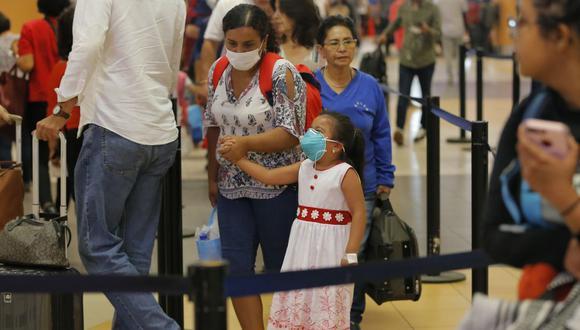 Confiep promueve medidas de prevención para evitar contagio del coronavirus (Foto: AFP)