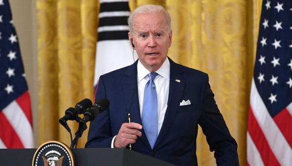 El presidente estadounidense Joe Biden durante una conferencia de prensa en el Comedor Estatal de la Casa Blanca en Washington, DC,. (Foto referencial: / AFP / Brendan SMIALOWSKI)