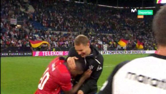 Jefferson Farfán  y Manueel Neuer jugaron juntos en el Schalke 04. (Captura: Movistar Deportes)