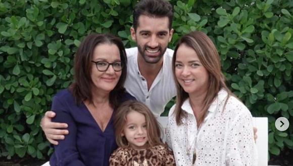 Carmen Lozano escribió mensaje en favor de su hijo Toni Costa y termina defendiendo a Adamari López. (Foto: Instagram/Toni Costa)