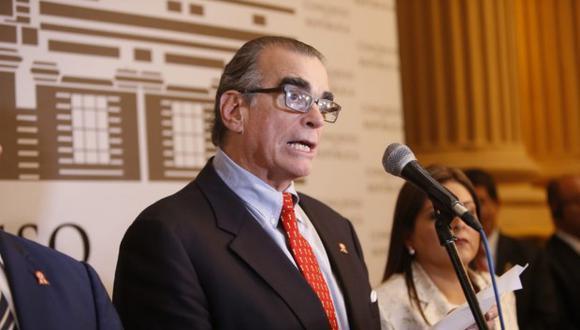 Pedro Olaechea convocó al Consejo Directivo para este martes 10 de setiembre. (Foto: GEC)
