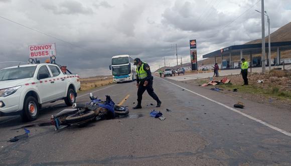 Puno:  los otros dos vehículos terminaron a una distancia de 50 metros, con daños materiales. (Foto: GEC)