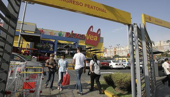 Público se quejó de desorden en Plaza Vea de Angamos. (A. Orbegoso)