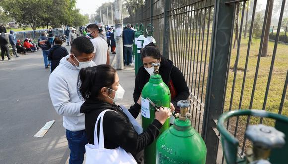 Los requisitos que deben presentar los asistentes son la copia del DNI del paciente y del responsable del balón de oxígeno. (Foto: Referencial/Juan Ponce Valenzuela/GEC)