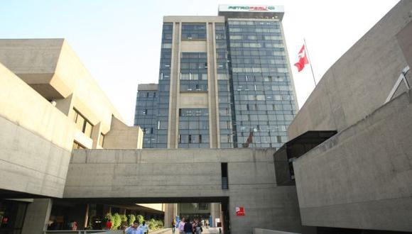 OBRA DE RIESGO. Crece la polémica por el financiamiento del desarrollo petroquímico en el sur. (USI)