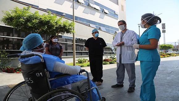 Don Grimaldo Flórez Muñoz sufrió quemaduras en el 32% su cuerpo, las cuales afectaron su rostro, tórax y extremidades superiores e inferiores. (Foto: Minsa)