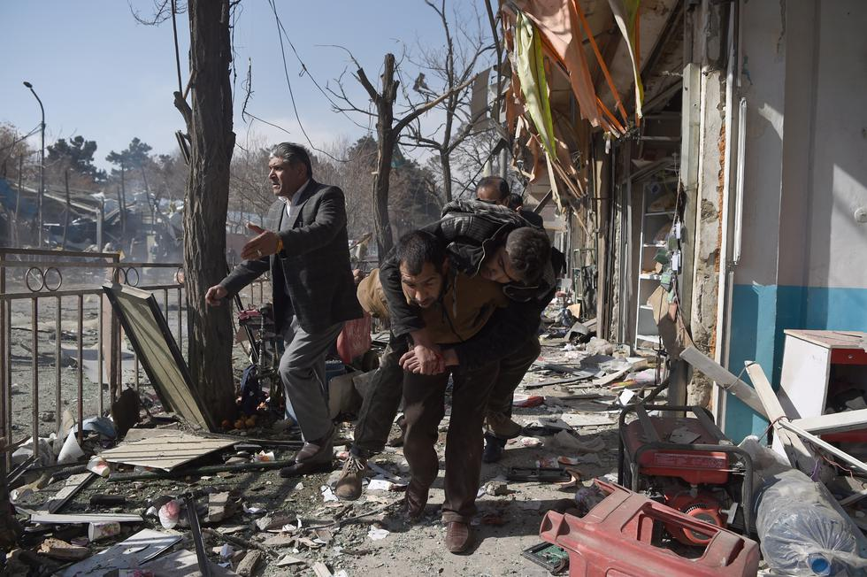 Kabul: Ambulancia llena de explosivos explota y deja 40 muertos en Afganistán. (AFP)