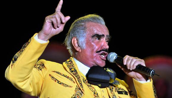 Los familiares de Vicente Fernández siguen dando detalles sobre el estado del cantante mexicano. (Foto: Luis Robayo / AFP)