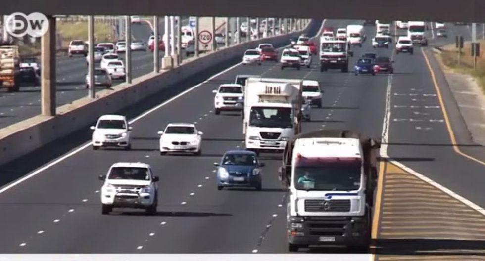 Son 13 mil transportes los que recorren las carreteras de Sudáfrica. (Agencia DW)