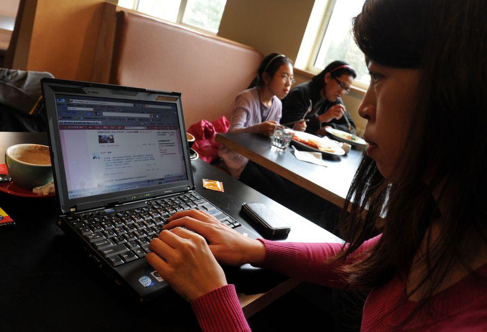 Según el autor de la serie documental, la Internet en China se desarrolló bajo el control de las autoridades. (AFP)