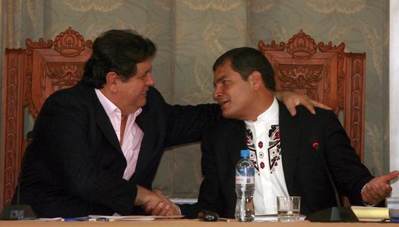 REVELACIONES. Alan García en uno de sus encuentros con el mandatario ecuatoriano. (Difusión)