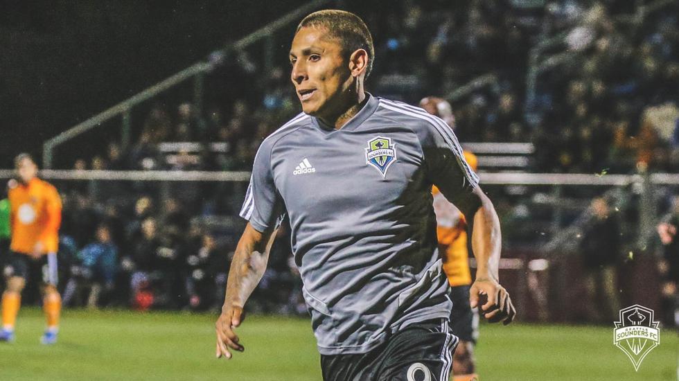 Raúl Ruidíaz vuelve a mojar en Estados Unidos. (Twitter Seattle Sounders)