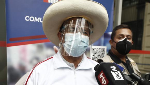 Pedro Castillo retó hace unos días a Keiko Fujimori para debatir en la puerta del Penal de Mujeres Santa Mónica en Chorrillos. (Foto: Archivo de GEC)