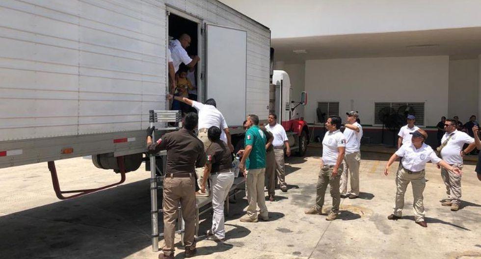 México: Hallan a 791 migrantes dentro de cuatro camiones en Veracruz. (Twitter - @daviddelapaz)