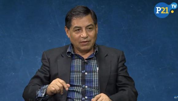 El profesor ayacuchano Pedro Yaranga es experto en temas de narcotráfico, terrorismo y seguridad nacional. (Perú21TV)