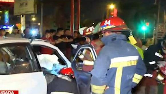 El accidente se produjo en la madrugada. (Foto: Captura/Latina)