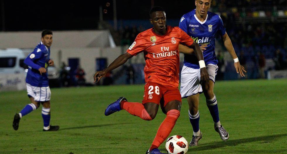 Vinicius Juniors tuvo su primer partido como titular en Real Madrid con Santiago Solari. (AP)