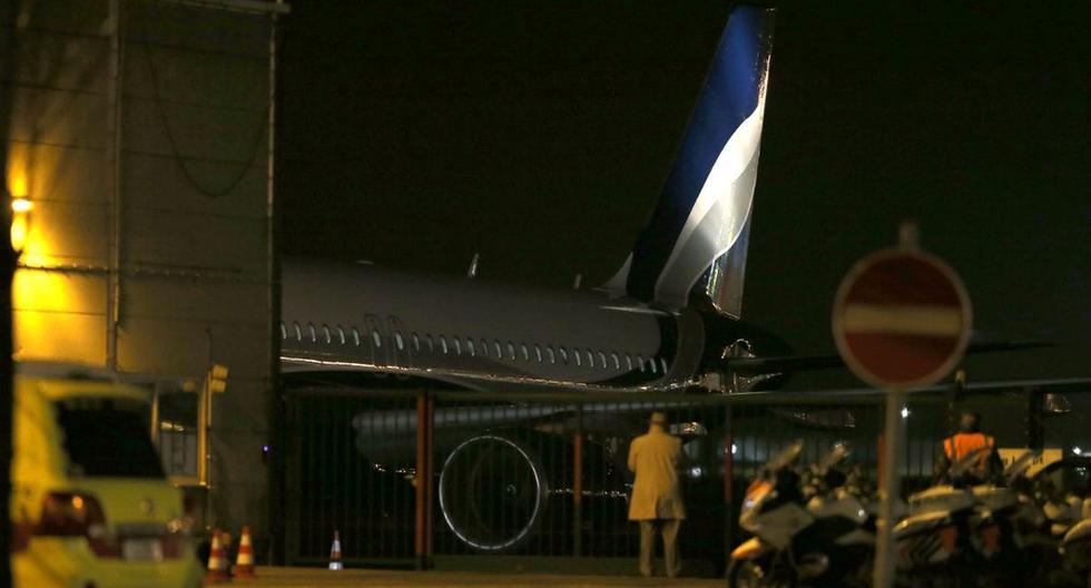 Imagen de archivo de la llegada de un avión que transportaba a ciudadanos belgas y europeos repatriados desde Wuhan en el aeropuerto militar de Melsbroek el pasado 2 de febrero. (AFP)