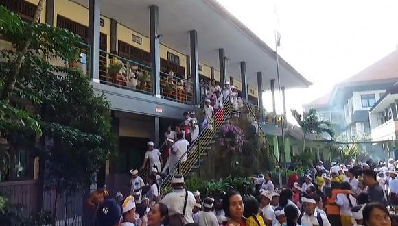 Los habitantes de Bali describieron movimientos de pánico en el momento del sismo. (Captura de pantalla)