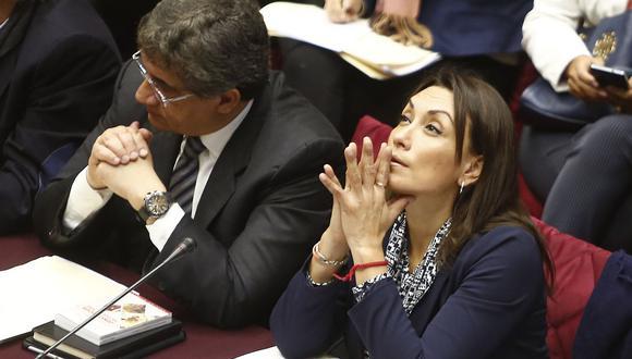 Patricia Donayre, congresista no agrupada, y Juan Sheput, de Peruanos por el Kambio, esperan que el TC se pronuncie sobre el referéndum. (Foto: GEC)