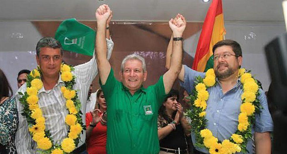Los opositores Doria Medina (der.) y Suárez (izq.) conformaron una alianza para enfrentarse a Evo Morales. (EFE)