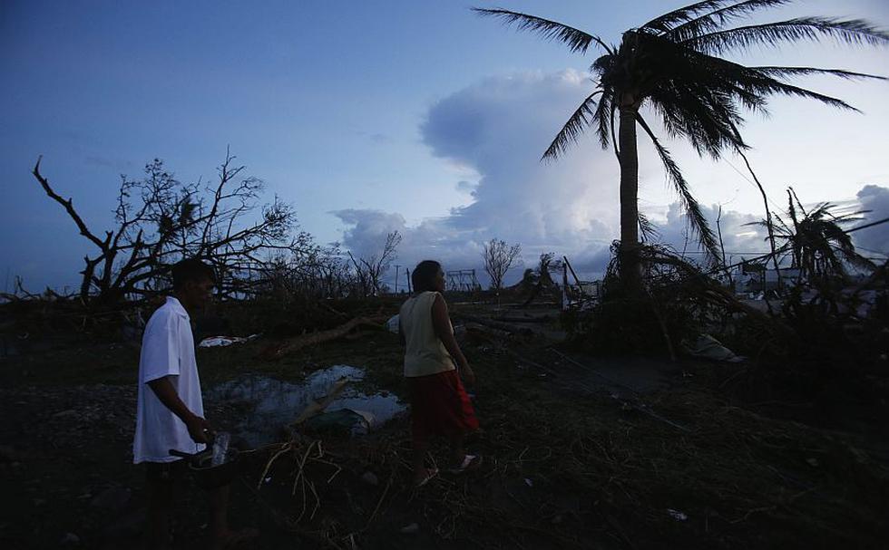Las cifras de víctimas mortales dejadas por el supertifón Haiyán se incrementaron dramáticamente y bordearían los 10,000 muertos en Filipinas. (Reuters)