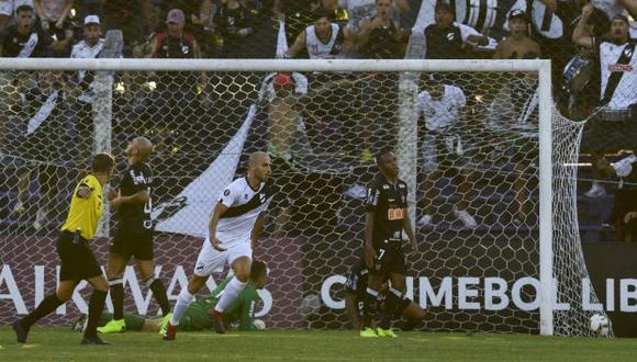 Rodríguez vistió las camisetas del Genoa, Bologna y Piacenza Calcio en Italia. (Foto: AFP)