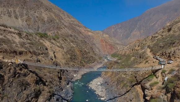 """Provías Descentralizado informó que con el puente Challhuan """"promoverá el comercio, la economía y la integración social de las comunidades de la zona"""". (Foto: GEC)"""