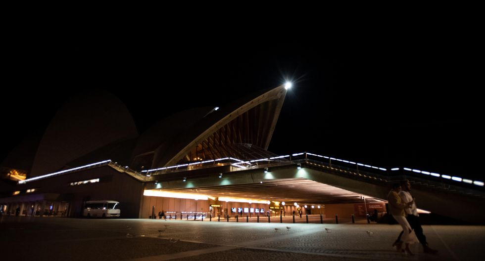 10. Hora del Planeta desde la Ópera de Sídney, Australia (Foto: EFE)