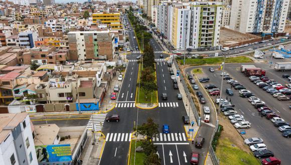 Totalmente renovada luce la avenida Brígida Silva de Ochoa en el distrito de San Miguel.