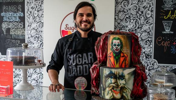 Víctor Tarazona lidera Sugarlab, un laboratorio artístico de pasteles.