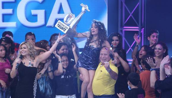 Mayra Goñi recibió S/.50 mil de premio. (USI)