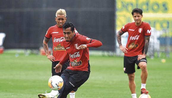 Integrantes de la selección peruana, equipos de la Liga 1 y otros atletas nacionales volverían a sus labores presenciales durante el confinamiento de la ciudadanía. (Foto: GEC)