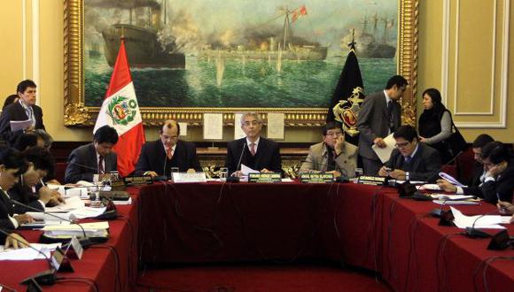 Castilla anuncia que emitirá más regulaciones para optimizar procesos públicos. (Difusión)