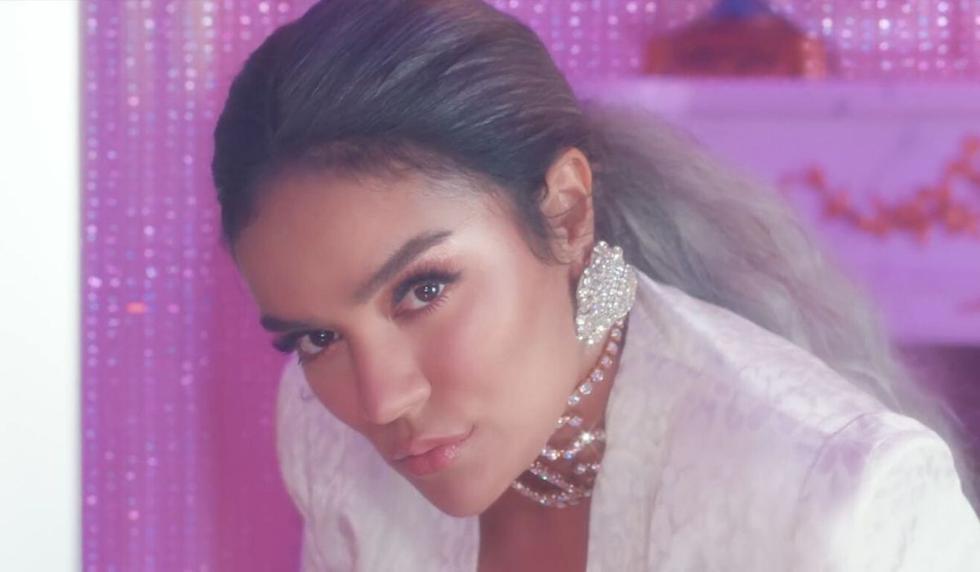 """""""Tusa"""" es interpretado por Karol G y Nicki MInaj. (Captura)"""