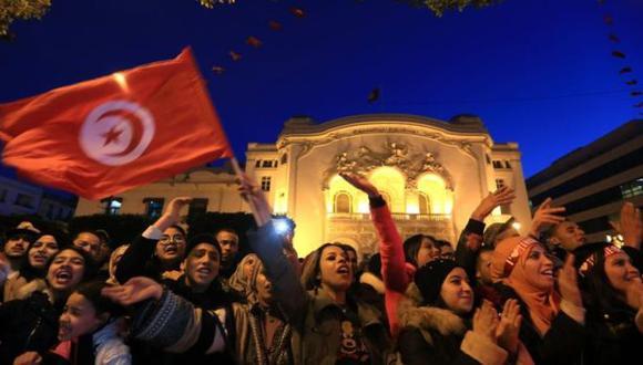 No es poco lo que se logró en Túnez, en que desde 2011 ha habido gobiernos de coalición entre partidos, señala el columnista. (Foto: Getty images, vía BBC Mundo)