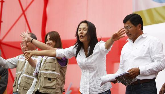 Ayer, Nadine Heredia prefirió guardar silencio y mantenerse alejada del debate sobre su posible postulación. (Luis Gonzáles)