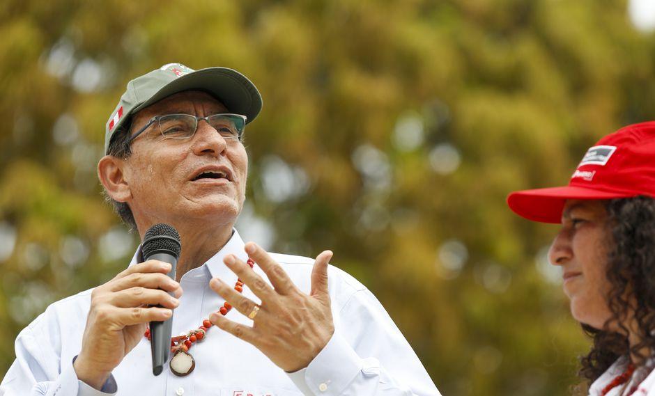 El presidente Martín Vizcarra se pronunció vía Twitter mientras participaba en la reunión con el gabinete de ministros. (Foto: Difusión)